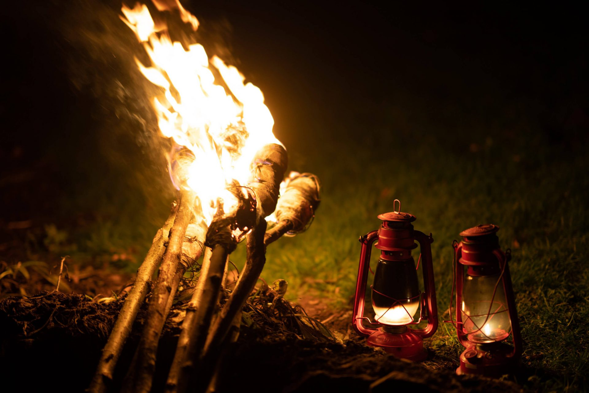 Flaming Torches Lamps